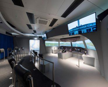 Sala-simulacion-vuelo-aeropuerto-de-Viena-proyeccion-Christie